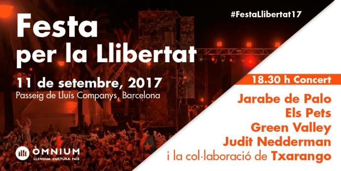 Aquesta Diada s'ha fet recollida de signatures a la mostra d'entitats dels Països Catalans a Barcelona.